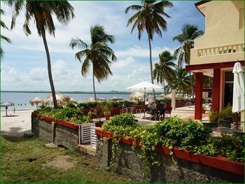 Punta Brava by lezumbalaberenjena + Cayo Santa Maria © Robert Komen