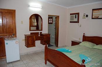 HOSTAL PUERTO CASILDA | cubacasas.net | Casilda- Trinidad