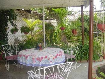 Ciego de avila iris marrero cano - Jardines de casas particulares ...