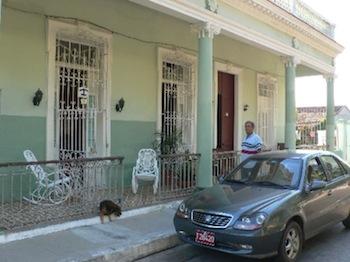 www.cubacasas.net •|• Cienfuegos ::: La Casona de Conde