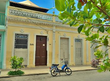 HOSTAL CIENFUEGOS CENTER | www.cubacasas.net | Cienfuegos | Centro Ciudad