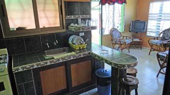 www.cubacasas.net •|• Guanabo • VICENTE y CLARITA