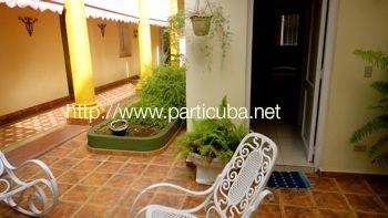 www.cubacasas.net • • Habana Vedado • Casa Leticia © sogestour