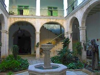 particuba.net •|• Habana Vieja • CONVENTO SANTA BRIGIDA