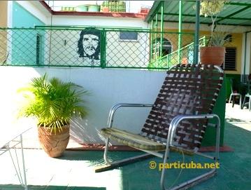 cubacasas.net •|• Habana Vieja • LA TERRAZA DE MANOLO