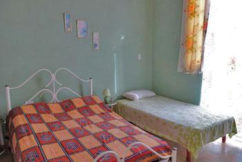 VILLA PARAISO ::: cubacasas.net • • Habana Vieja © sogestour