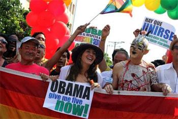Conga gay in La Habana 12 May 2012