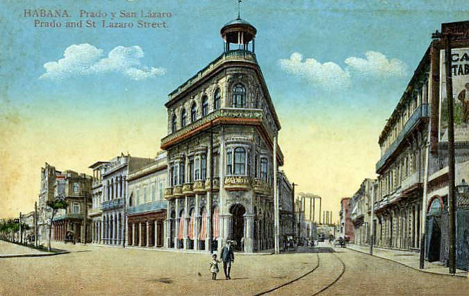San Lazaro street (right) and the Paseo del Prado (left) still meet 100 years later.