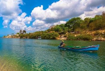 Rio Guaurabo, pescador bote