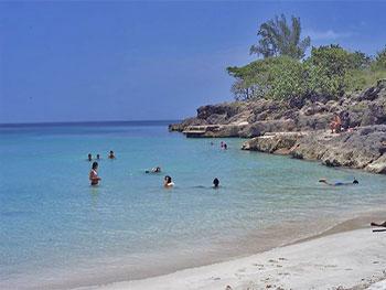 Playa Buey Vaca © Miguel Campos, pbase