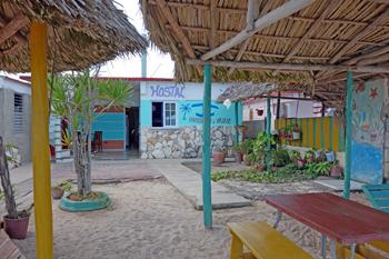 YAIMÉ y MANOLITO | cubacasas.net | Zapata | Playa Larga