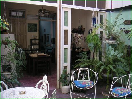 HOSTAL LA CEIBA • www.particuba.net • •Santiago de Cuba