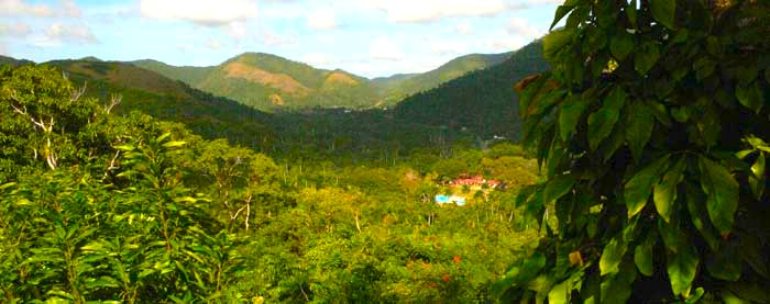 Villas Soroa in the Sierra del Rosario, surrounded by wooded hills and trekking senderos © sogestour