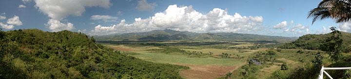 La vue de la vallée depuis le Mirador à 5 km au nord de la ville