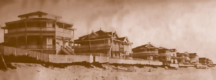 In the 40's, seaside chalets built by the original decenviros families — now disappeared