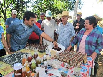 Le scientifique et chercheur en biodiversité Humberto Rios Labrada