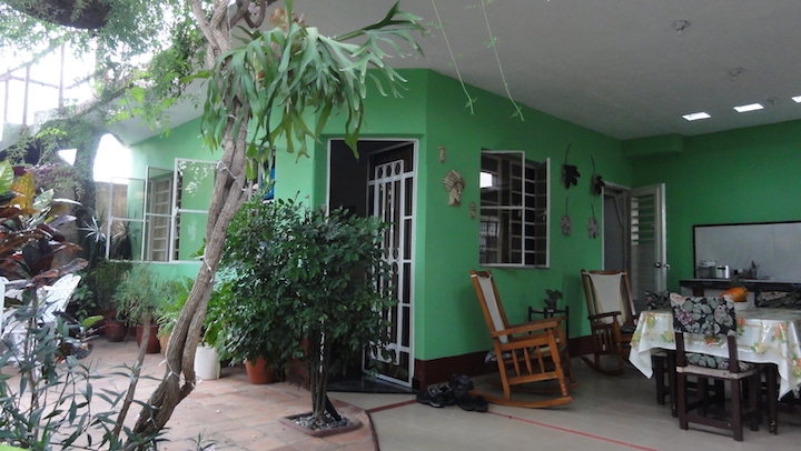 www.cubacasas.net •|•Viñales ::: Lucilo y Nirma