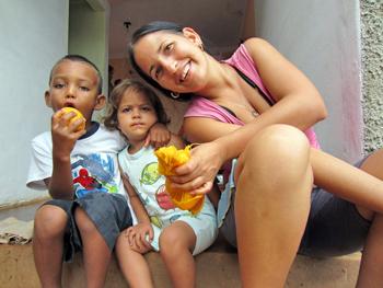 Tatica y El Chino | cubacasas.net |Viñales
